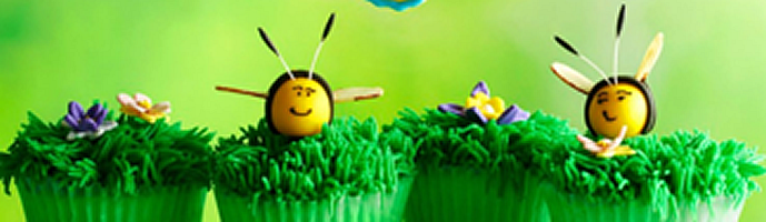Grassy Lemon Cupcakes with Bees and Flowers
